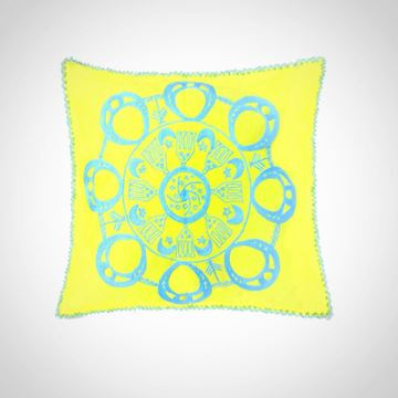 Picture of Circular Nubian earring design cushion - in one color (green apple with blue) Size: 55x55cm