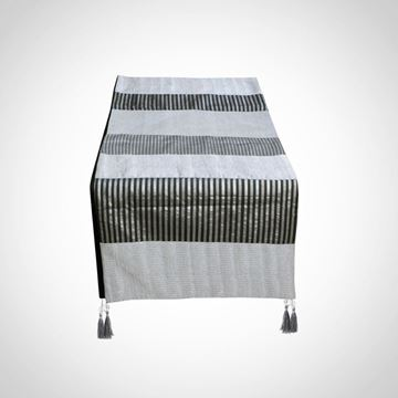 Picture of Silver table runner