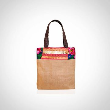 Picture of  Weaved leather shoulder bag with pom coins