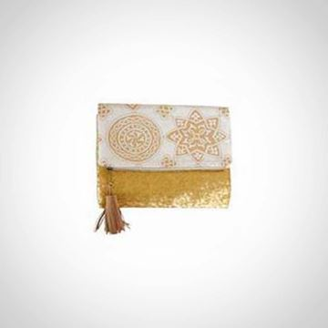 Picture of Gold clutch with gold paillettes and gold Islamic design