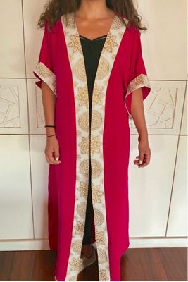 Picture of Fushia kaftan with golden Islamic pattern
